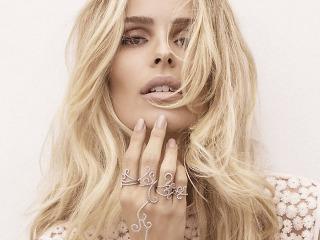 Modern Jewellery – Thumbnail